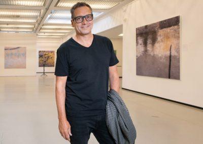 """Dieter Nuhr eröffnet seine Fotoausstellung """"Nah und Fern"""", Penk Hotel, Dresden, Sächsische Zeitung 8/2019"""