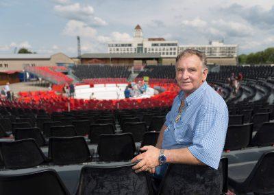 Zirkusdirektor Mario Müller-Milano, Test der neuen Technik für seinen Weihnachtszirkus im Sommer, Dresden, Sächsische Zeitung 7/2017