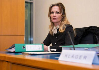 Regine Töberich im Prozess gegen die Stadt Dresden, Oberlandesgericht, Dresden, Sächsische Zeitung 2/2018